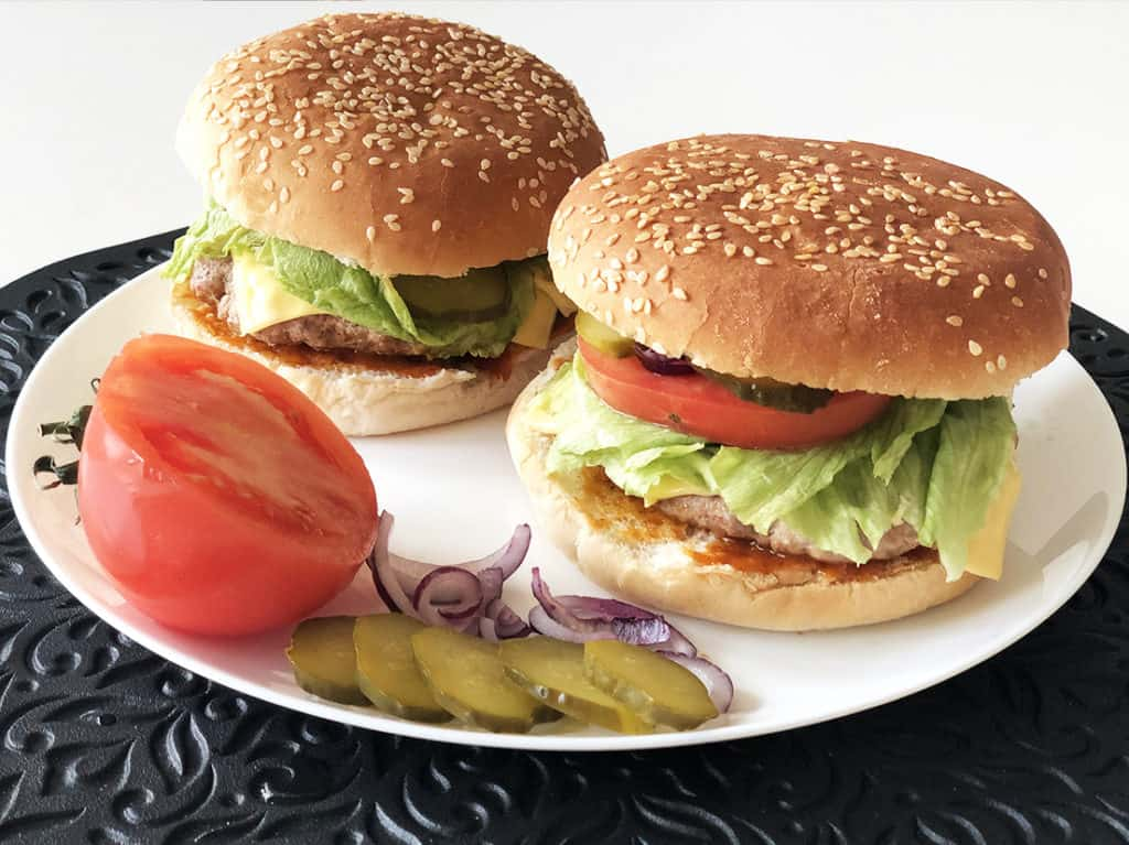 Domowy Cheeseburger - gotowe danie