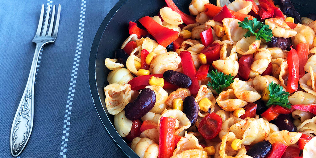 Makaron smażony z warzywami - propozycja przygotowania