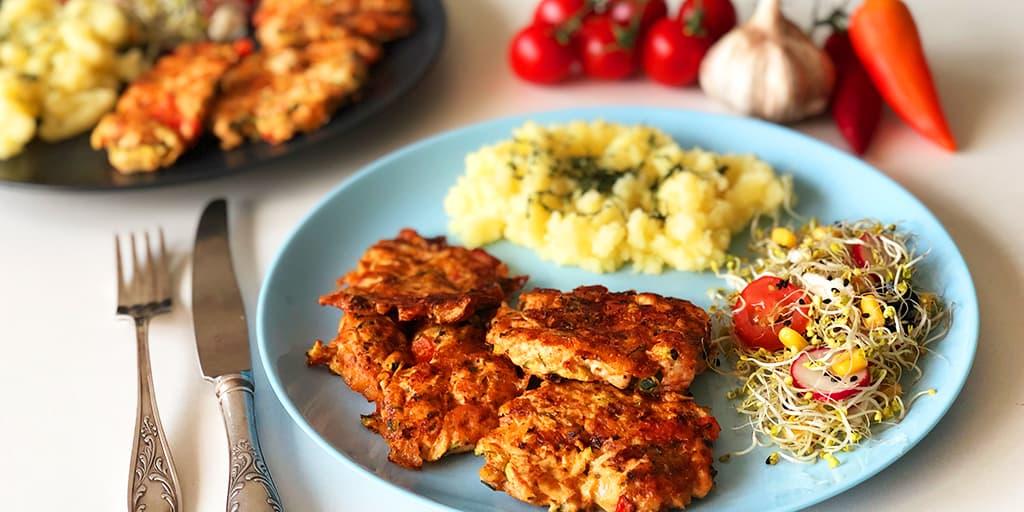 Siekane kotlety z kurczaka i cukinii - propozycja przygotowania