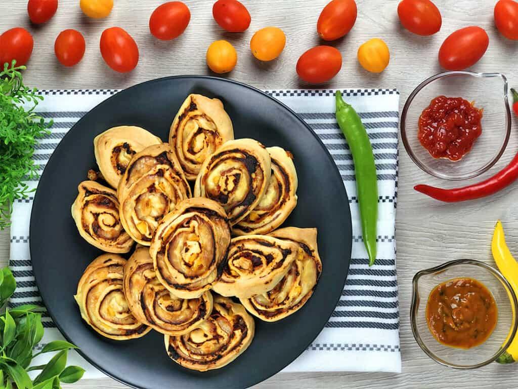 Ślimaki z ciasta francuskiego - gotowe danie