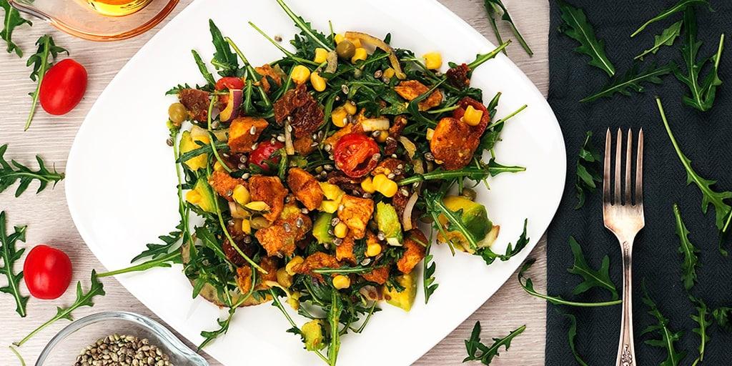 Sałatka z kurczakiem i awokado - propozycja przygotowania