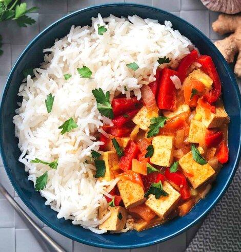 Ryż z tofu curry